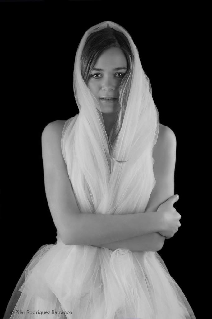 """Fotografía de Pilar Rodríguez Barranco. Serie  """" Y Dios me hizo mujer"""""""