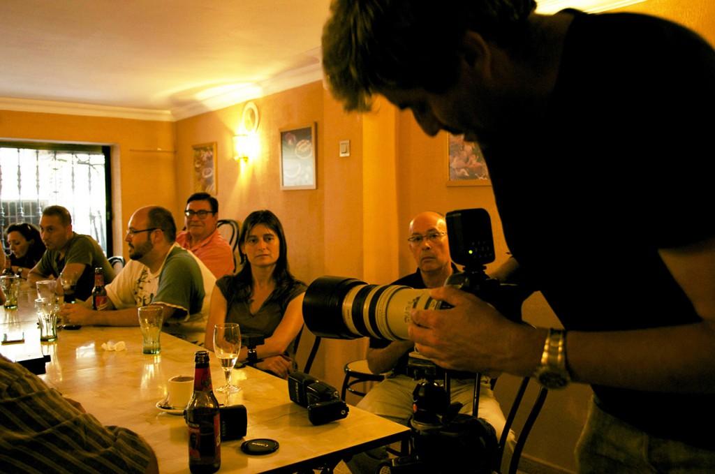Juan Carlos nos enseña su equipo para fotografía de aves